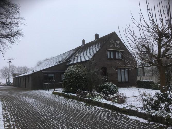 Kris Mandigers Interieurarchitectuur • Meubelvormgeving • Specials • Woonboerderij en groepsaccommodatie in Bergeijk